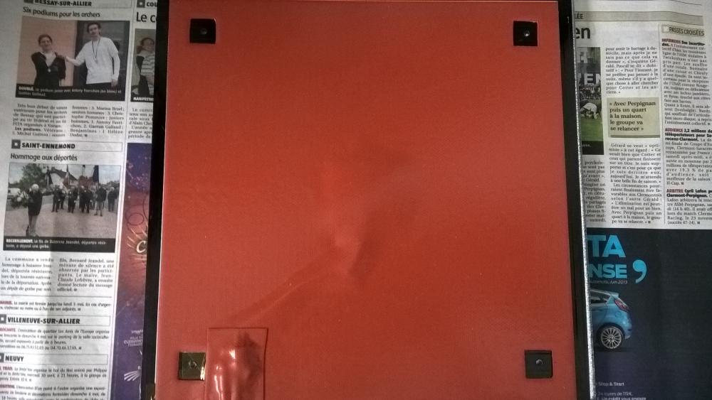 1528388240-etape-3-coller-le-bed-silicon