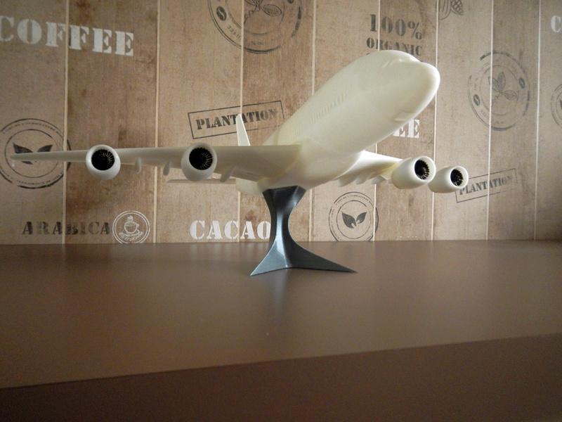 avion210.jpg