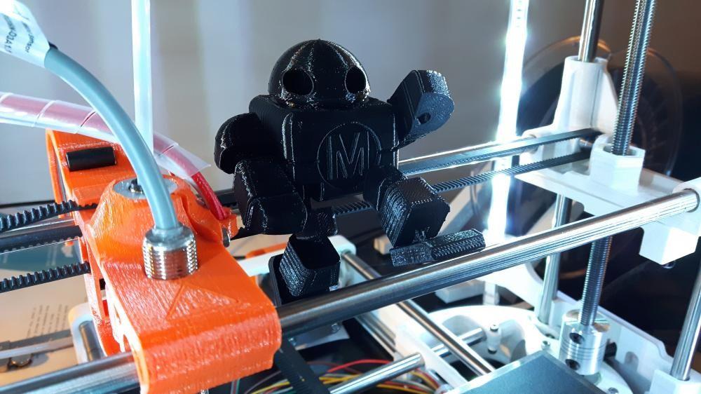 Robot_Maker_Faire_65pc.thumb.jpg.4e4f93e