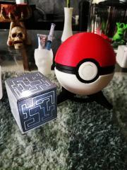 pokeball-cube.jpg