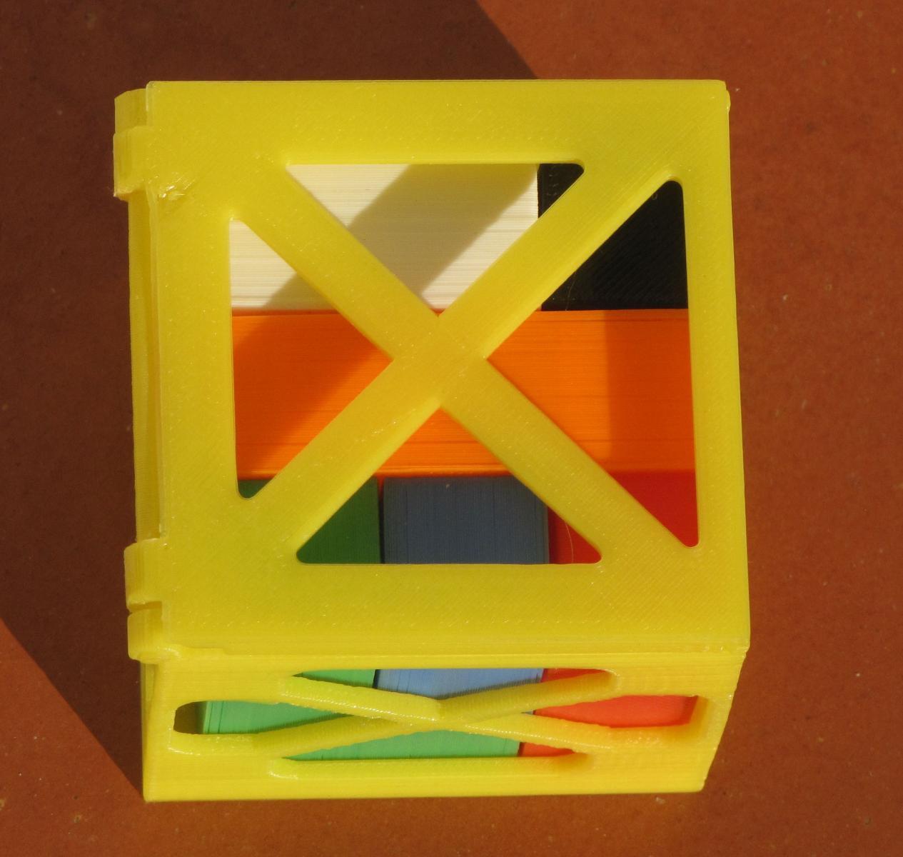 Puzzle dans la boite fermée