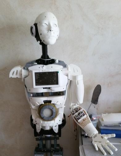 robot petit.jpg