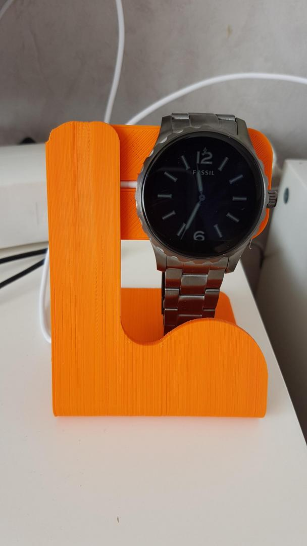 watch_stand_2.jpg
