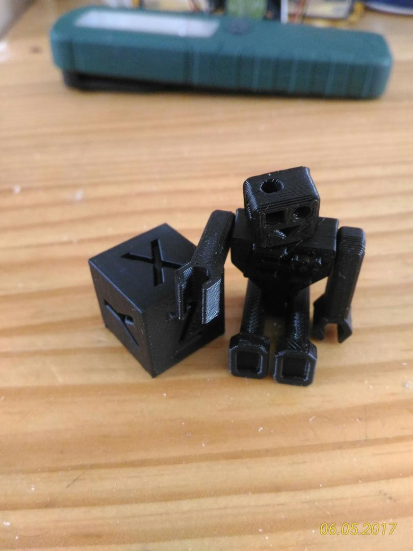 cube xyz et robot emotiontech