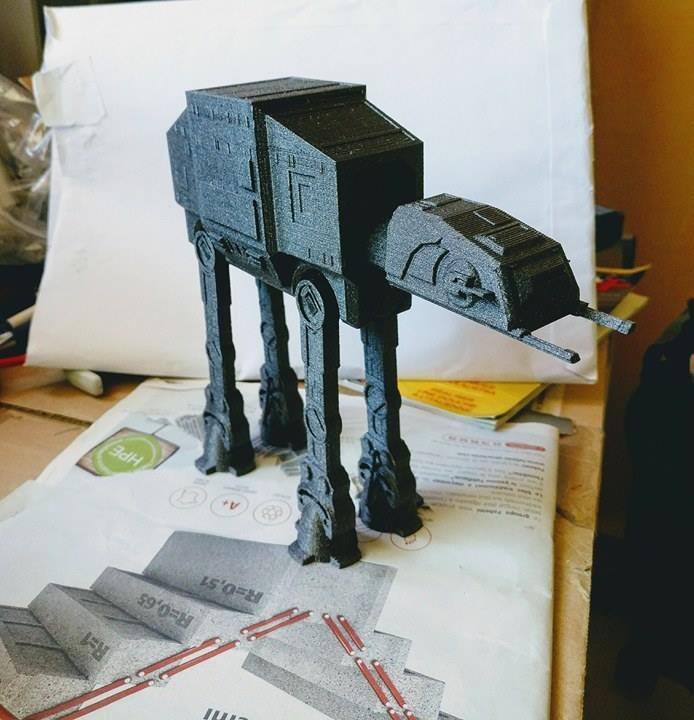 AT-AT WALKER Star Wars pour un collègue