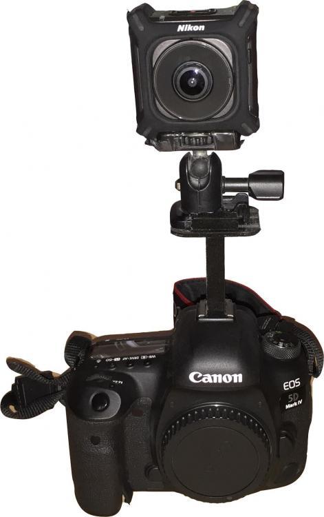 Canon_NikonKM.thumb.jpg.ab7a42082a966503e73714f9e97a07f2.jpg