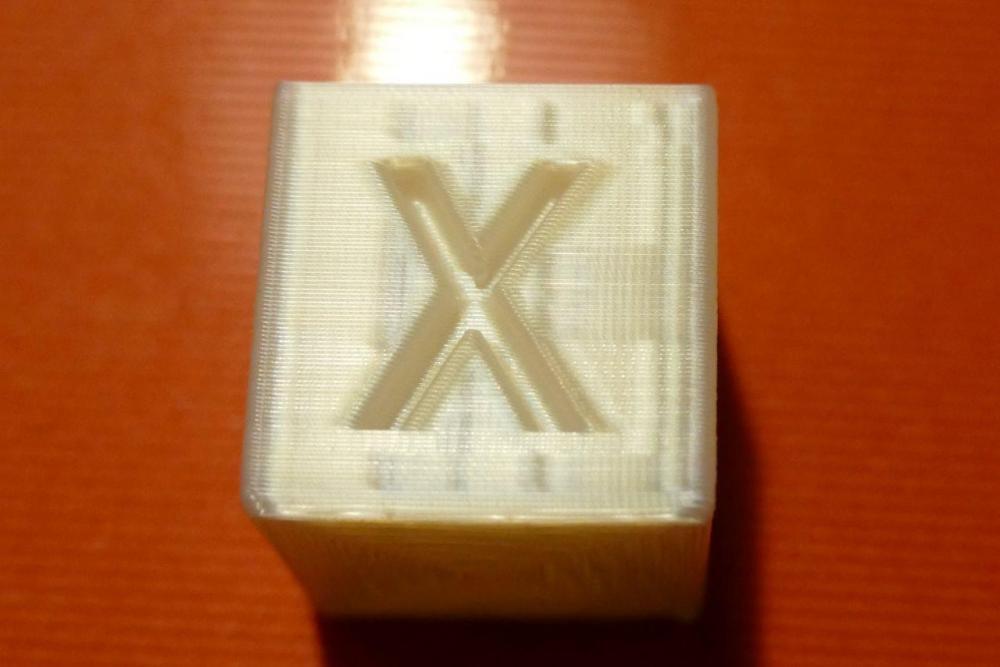 Essai 2 - cube - X.JPG