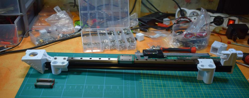 rail2.thumb.JPG.b87f95bb30407a4545441b42dc956e54.JPG