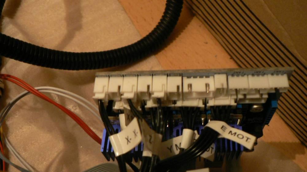 P1120016.thumb.JPG.025e9308eaf9c1e0c59f6ed6ba7a11d9.JPG