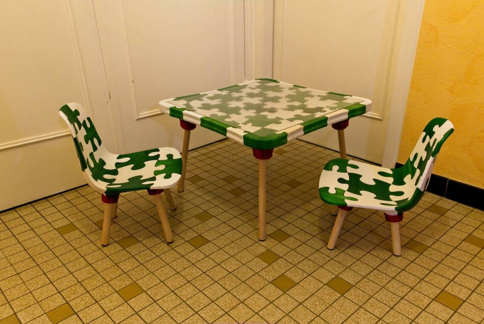 Table et chaises 3D (0)