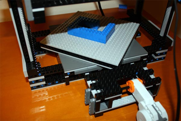 Lego Mindstorms robot 3D