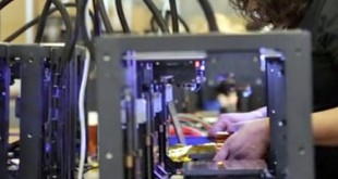 MakerBot Replicator fabrication video
