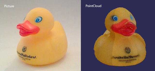 Canard en plastique scanné en 3D avec FabScan