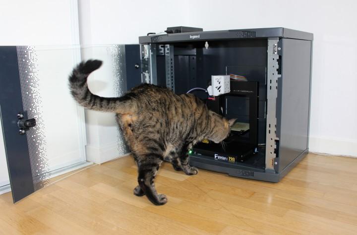 Imprimante 3D VS chat