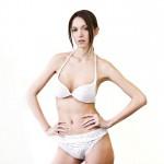 Bikini N12 porté par un mannequin