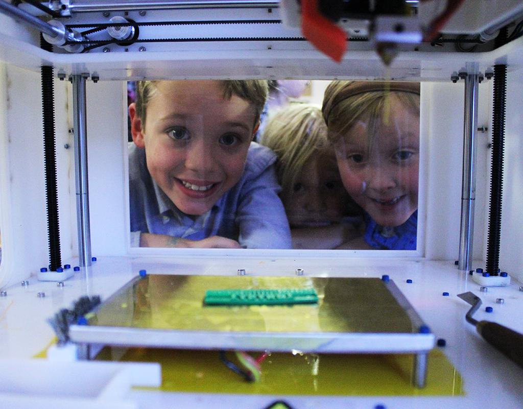 Toys r us se met l 39 impression 3d les imprimantes 3d fr - Imprimante 3d enfant ...