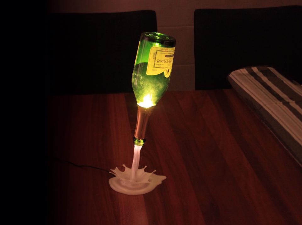 Support Pour Lampe Fontaine De Champagne Imprime En 3D