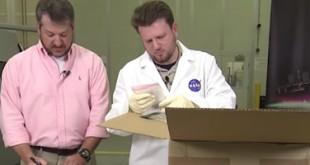 « unboxing » des objets imprimés en 3D dans l'espace sur l'ISS