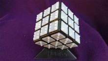 Rubiks Cube imprimé en 3D braille pour aveugle