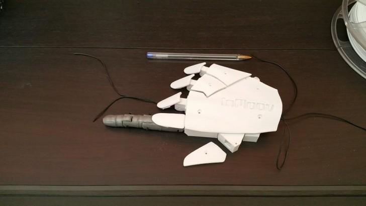 Main robot InMoov Dagoma