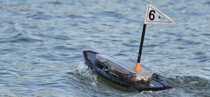 bateau radiocommandé 3D