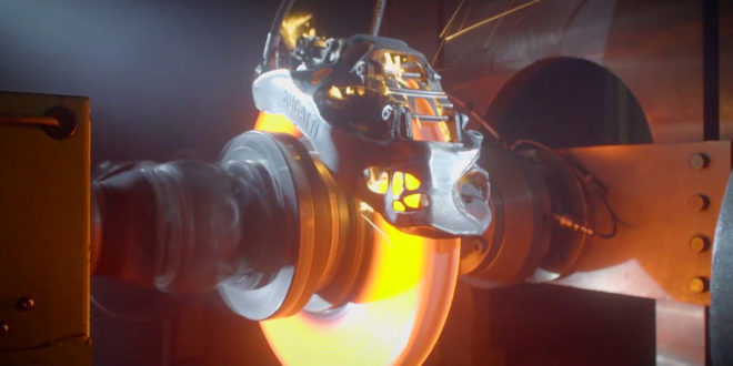 voiture frein en titane imprimé en 3D