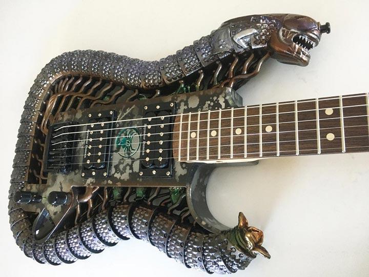 photo 3D printed Alien guitar