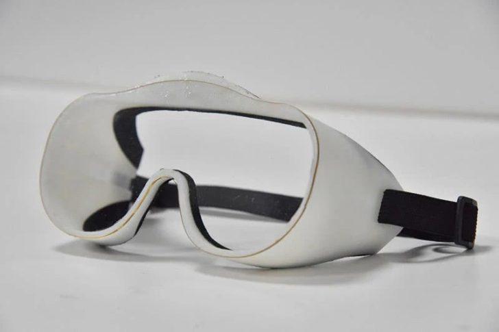 lunettes covid coronavirus 3D