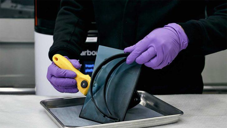 Lamborghini visiere 3D coronavirus fibre de carbone