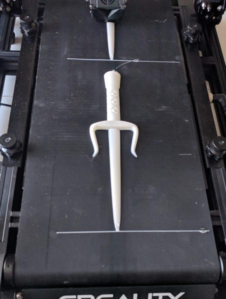 géante dague imprimée en 3D